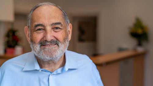 Dr Geoffrey Nash